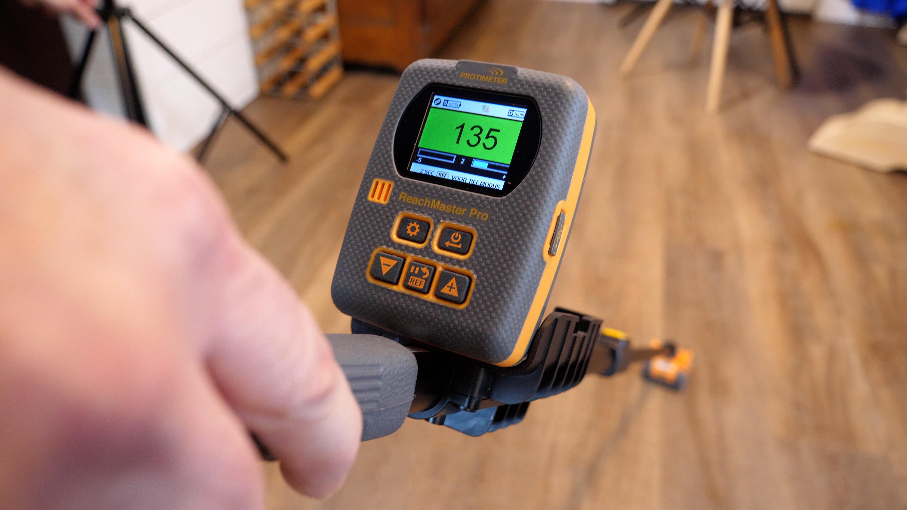 Moisture Meter Readings: Taking & Interpreting Accurate Measurements